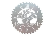 Squirrel Sawblade Clock
